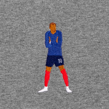Футболка с вышивкой Kylian Mbappe темно-серый меланж
